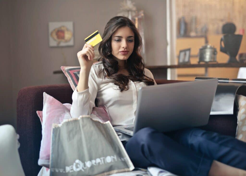 la atención al cliente online es fundamental en estos días